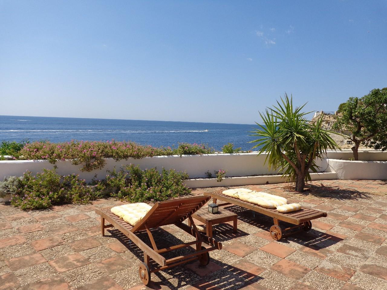 first-line-to-the-sea en moraira · andrago 2650000€