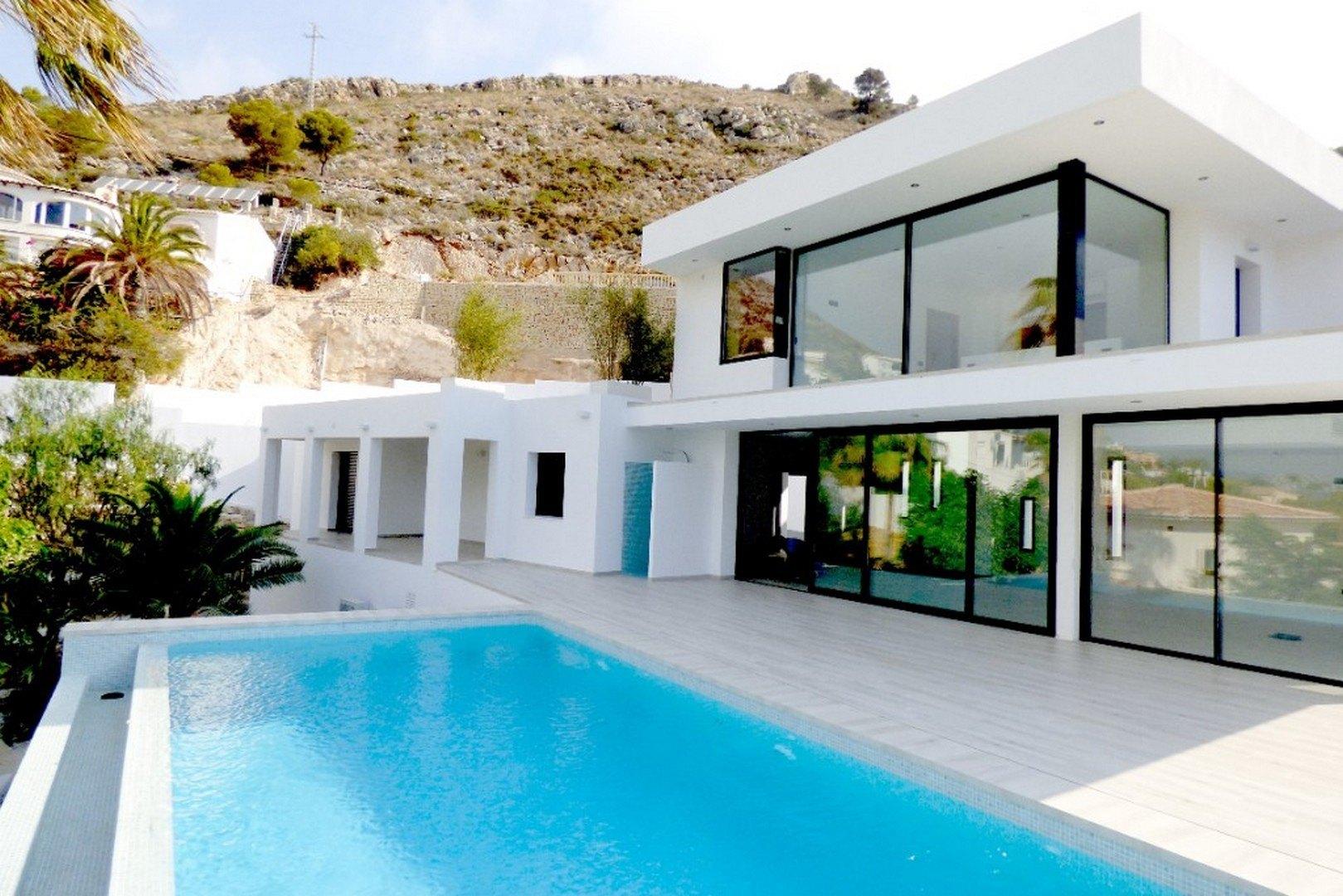 Fotogallerij - 1 - Build a villa in Moraira: villas for sale in Moraira