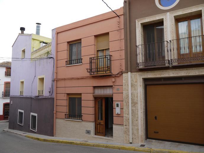 casa-de-pueblo en pedreguer · casco-urbano 95000€