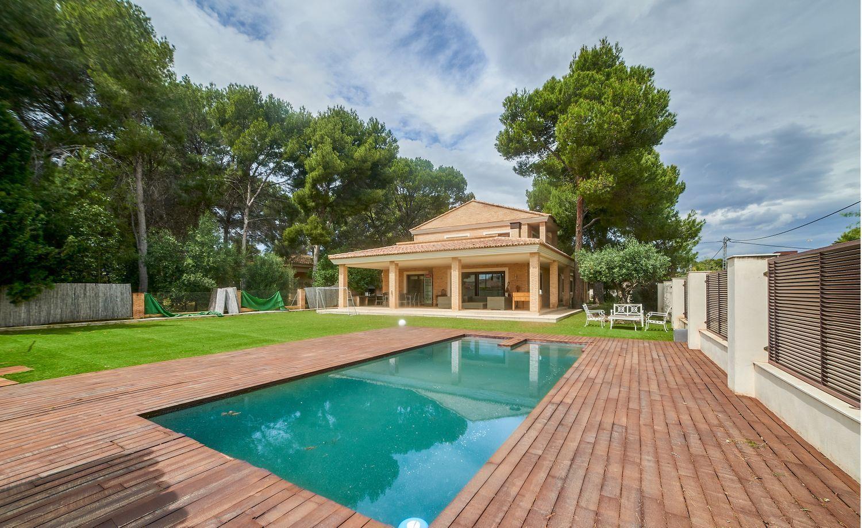 casa-independiente en paterna · la-canada 840000€