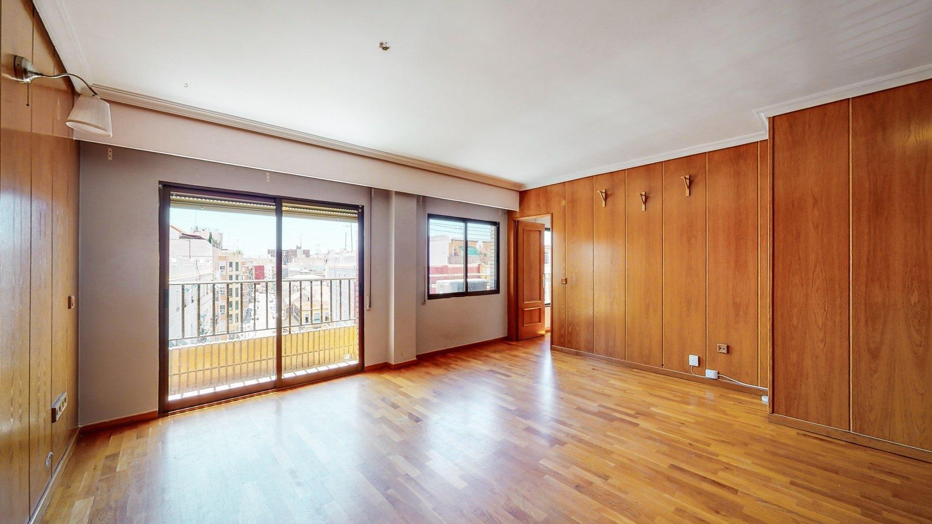 piso en valencia · mont-olivet 240000€
