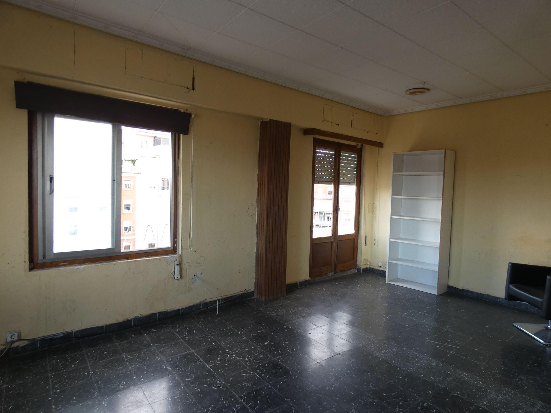 piso en valencia · la-roqueta 260000€