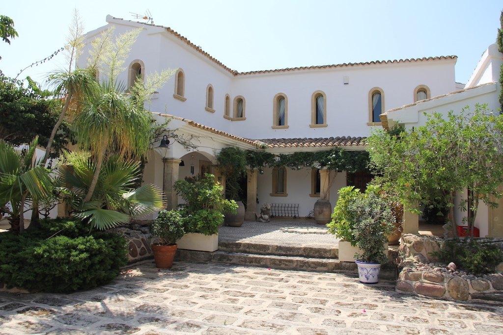 luxury-villa en moraira · cap-blanc 3700000€