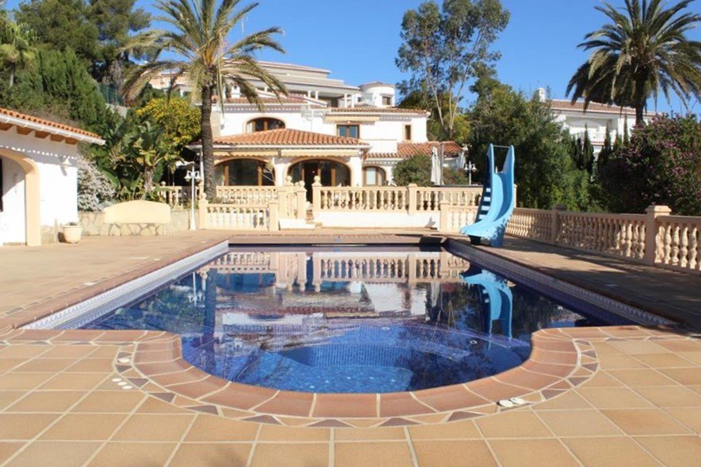 villa en moraira · arnella 850000€