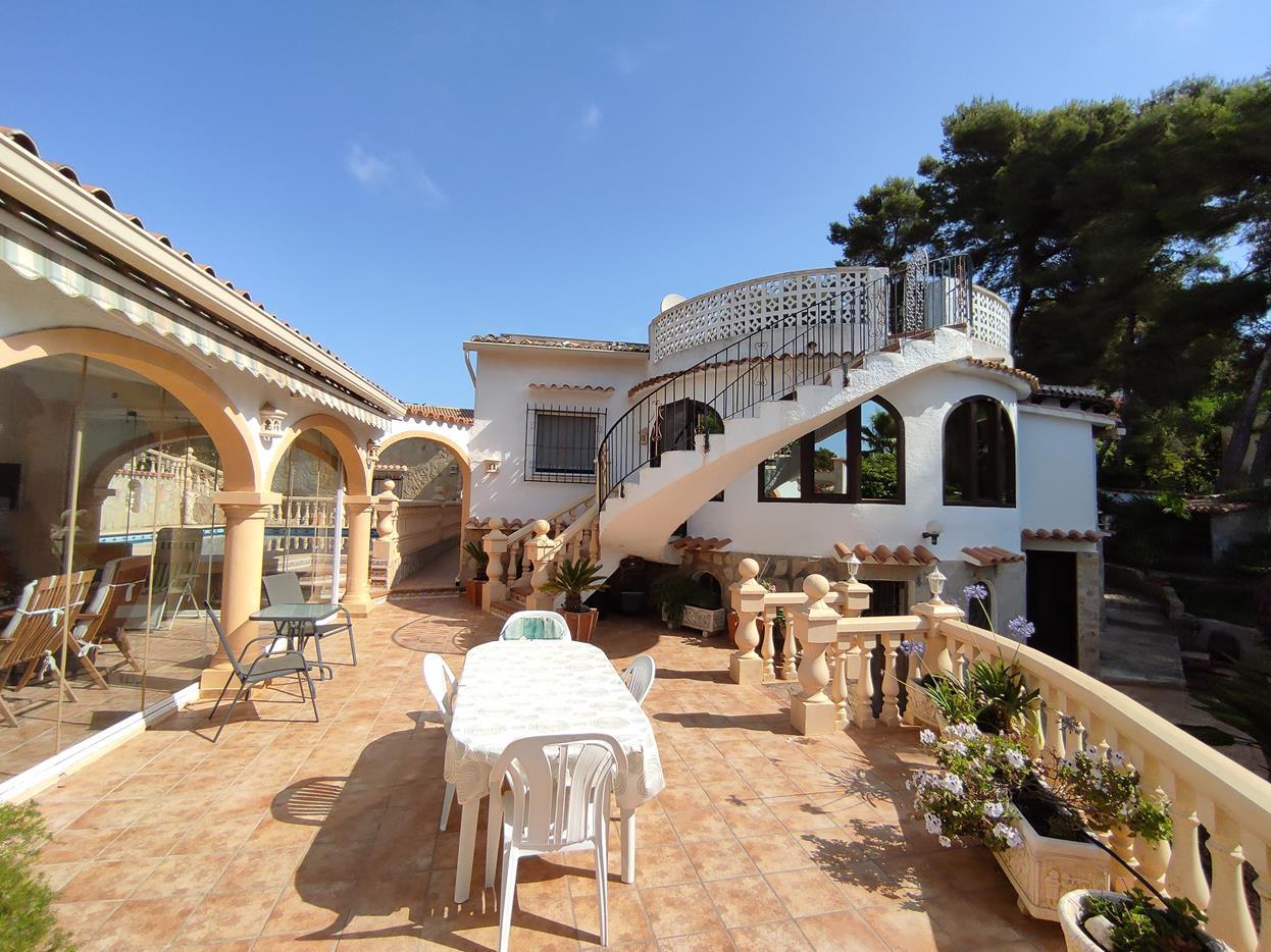 villa en javea-xabia · balkon-zum-meer 490000€