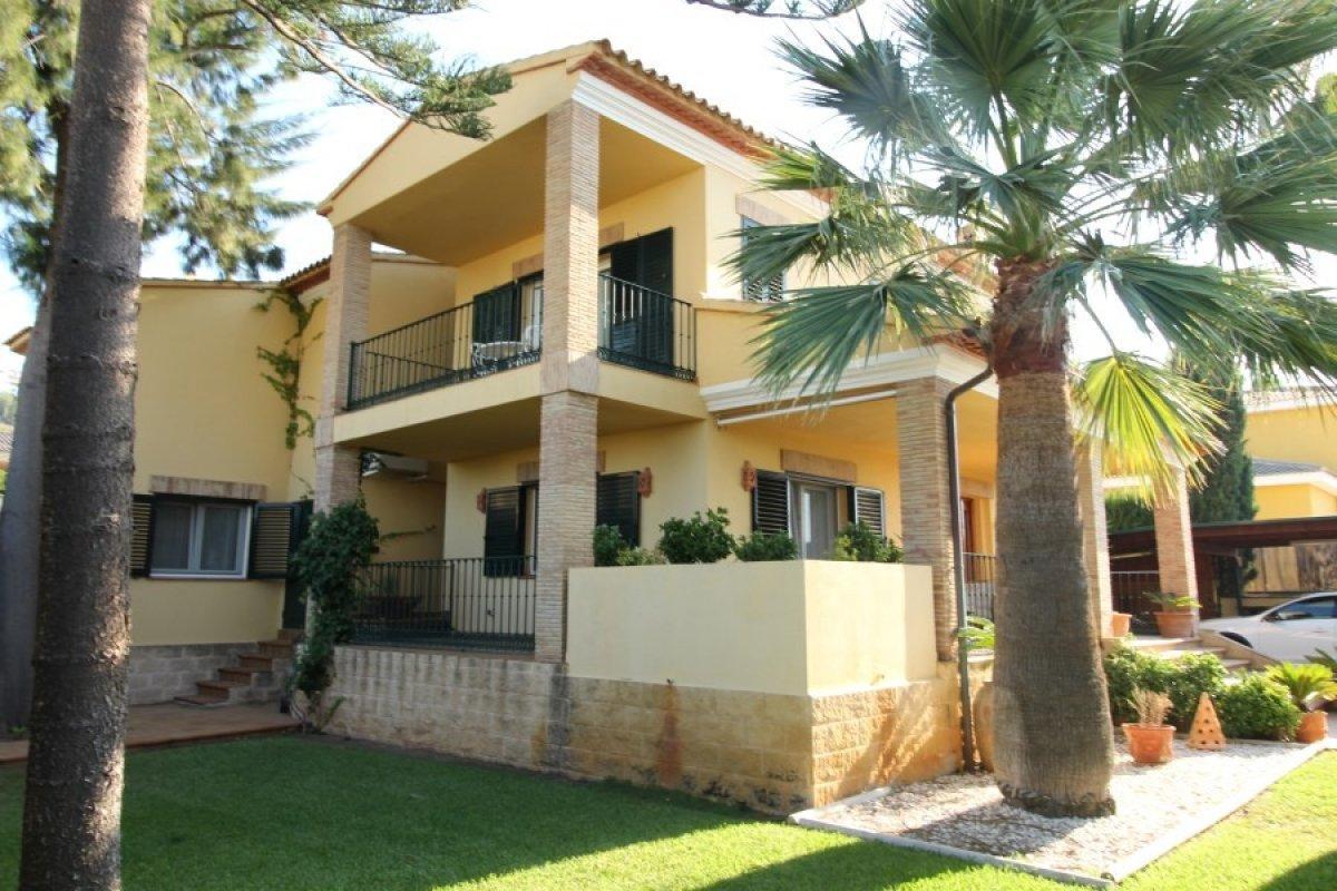 villa--chalet en denia · les-planes 680000€