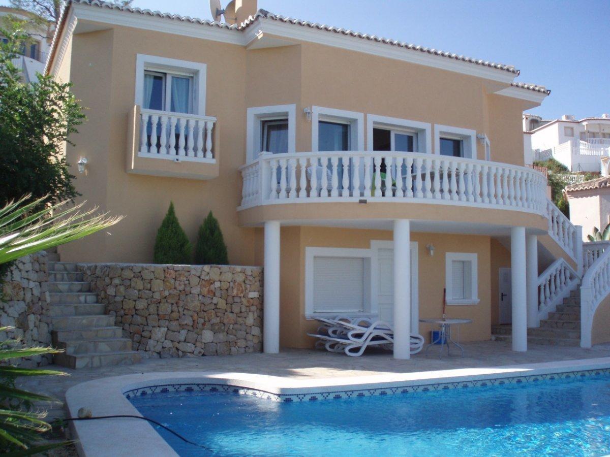 villa en orba · urvbanizacion 265000€