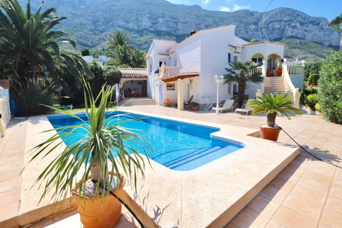 villa en denia · the-montgo 316000€
