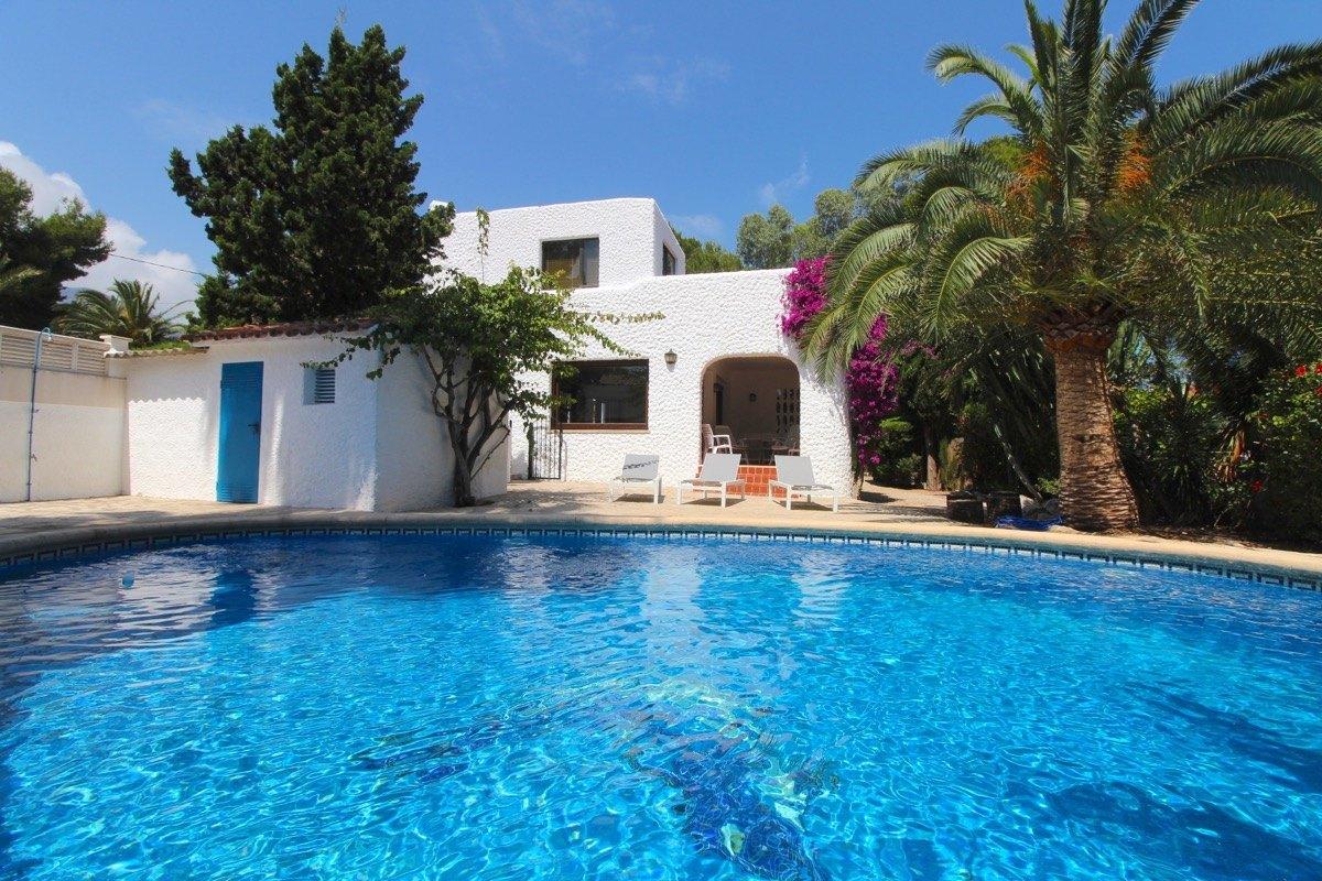 villa en denia · las-rotas 695000€