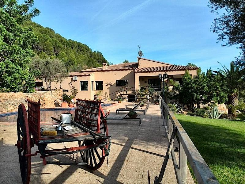 rustic-farm en denia · la-sella 600000€