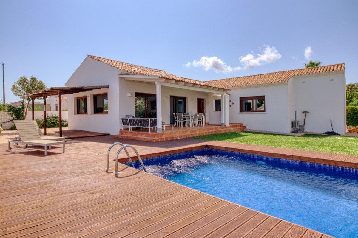 villa en denia · le-montgo 495000€