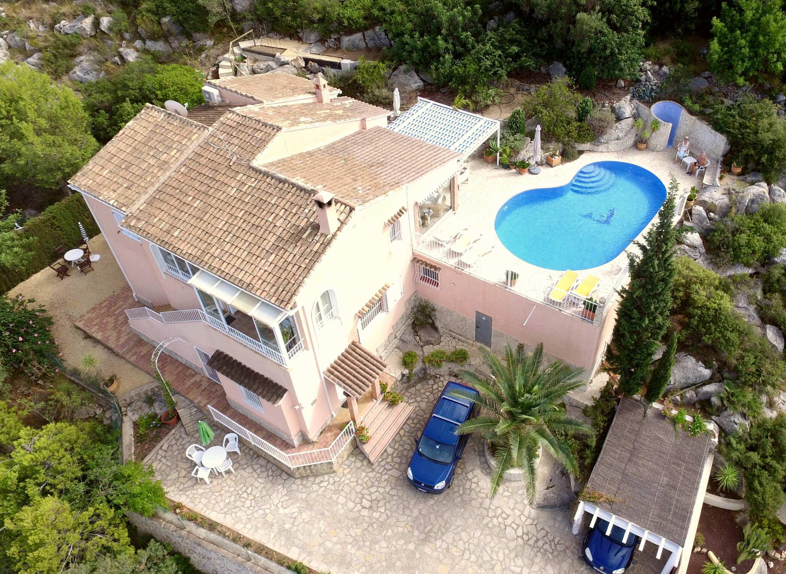 villa en la-sella · urvbanizacion 365000€