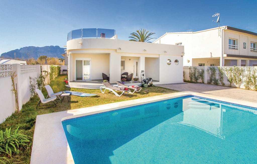 villa en denia · las-marinas 585000€